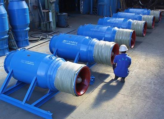雪橇式安装700QH潜水混流泵