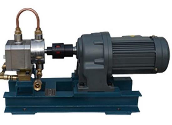齿轮计量泵耐腐蚀高粘度保温齿轮计量泵山东优科精流生产