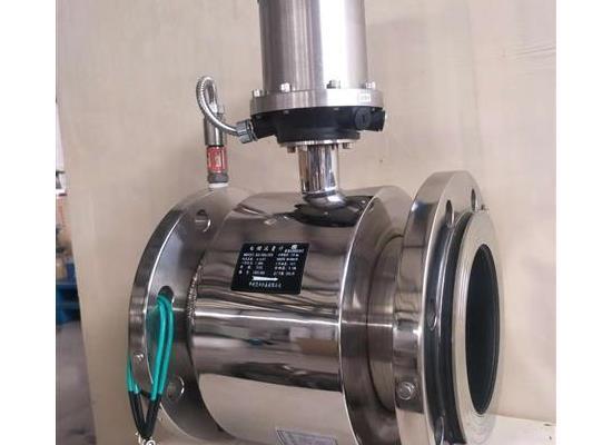 DN100高性能电磁流量计(带压力监测)锂电池供电电磁流量计