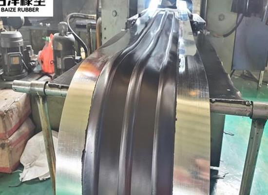 百泽钢边橡胶止水带 襄阳钢边橡胶止水带施工方法