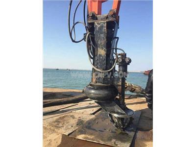 挖机液压抽不管成功�c否沙泵-新式洪�|天��兄跟伏地峰抽沙泵设备(QSY)