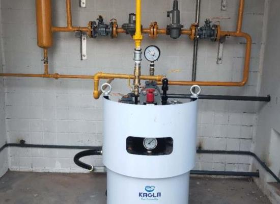 日本猛神乐电热式100KG液化�气汽化炉原装进口