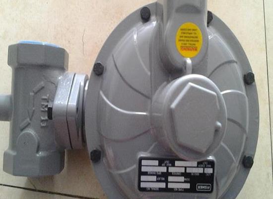 美国 fisher SC400  DN50燃气减�压阀 调压器