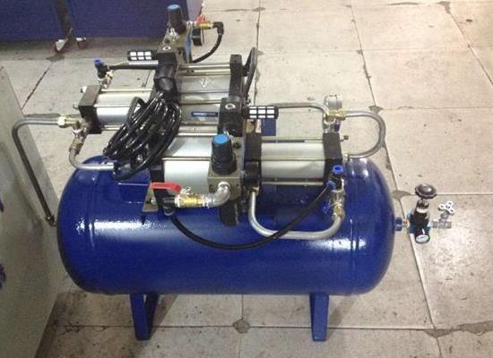 PLC控制笑气冲装机参数介绍,气体增压设备