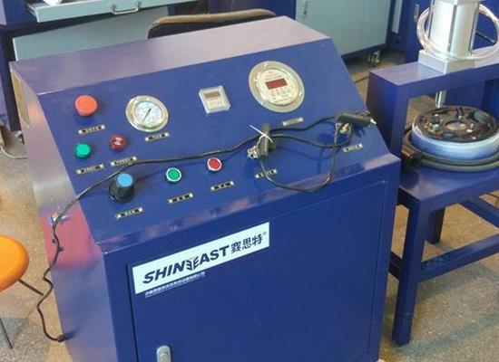 笑气冲装机 2工位一氧化二氮充装设备 氮气增压机