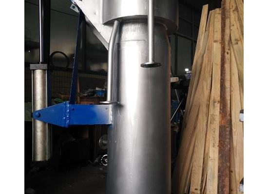 FS46HL气动水封炉顶放散阀