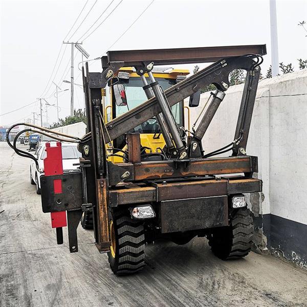 现货销售高速公路护栏打拔钻一体 工程机械护栏打桩机
