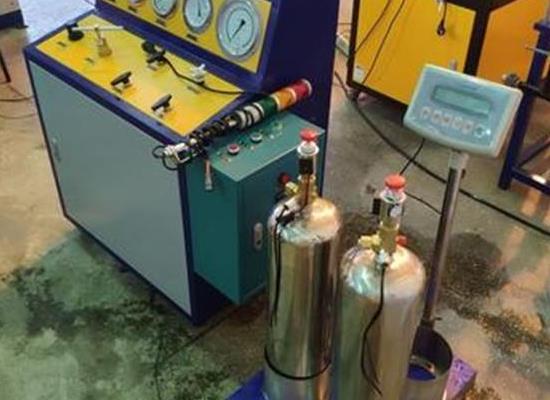 七氟丙烷药剂充装系统设备介绍,药剂冲装机