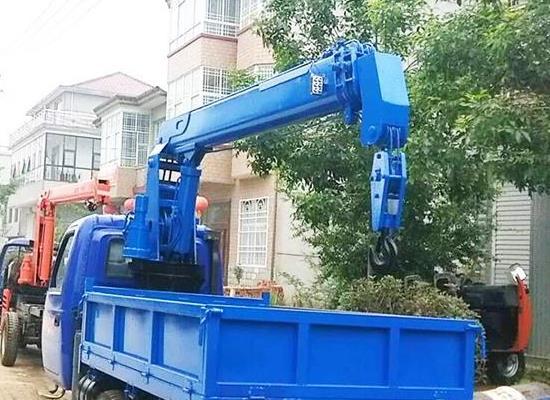 五征三輪小吊車 3噸5噸25馬力全液壓三蹦子小吊車