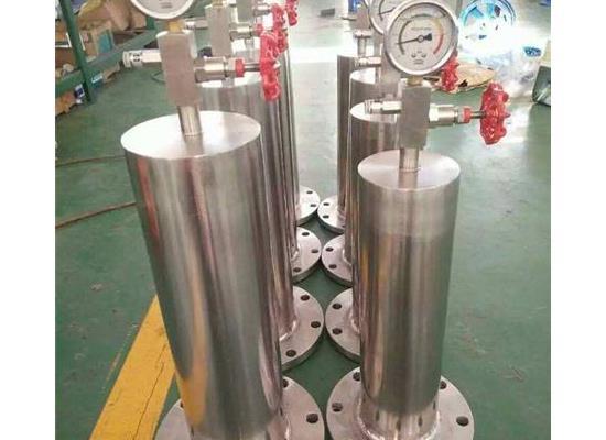 瓯北禹轩9000-16P-DN200/250活塞式水锤吸纳器
