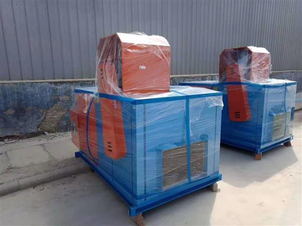 鑫润公司 加工定制碳钢耐用柜式风机箱