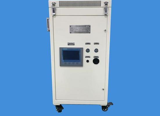 安航總代艦艇空間站火災防護的隔絕式氧燭呼吸自救器研制