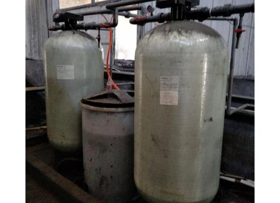 天津鑫東軟化水除鹽除水垢軟水器處理設備