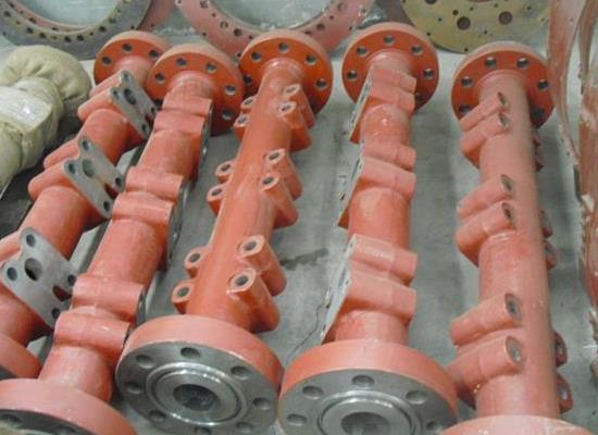 F-1600HL 吸入液缸和排出液缸 排出五通总成