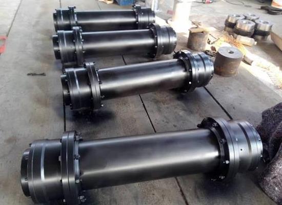 WGT型中間套鼓形齒式聯軸器