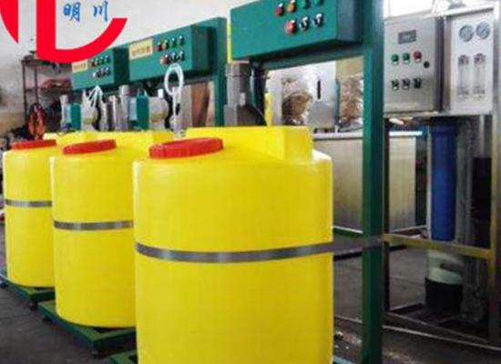 供应加药箱 成都1000L/500L加药箱 四川大型加药装置