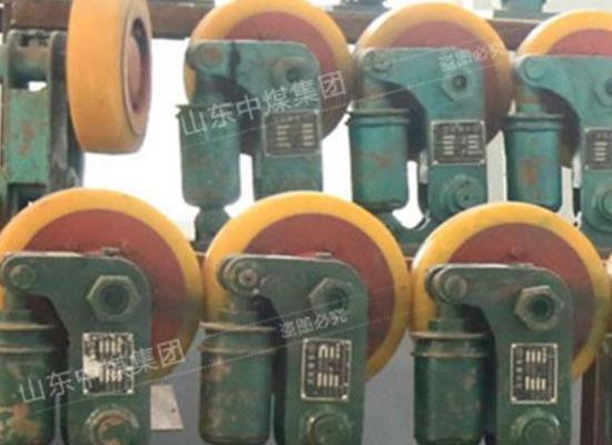滾輪罐耳,滾輪罐耳廠家直銷,礦用緩沖式滾輪罐耳