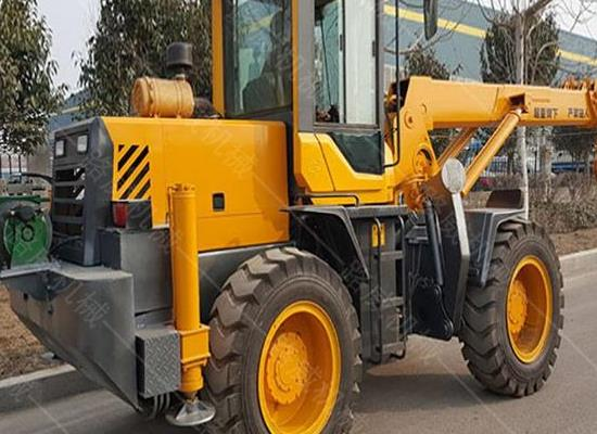 厂家直销轮胎式起重机  5吨四驱越野行走吊车 小型铲车吊