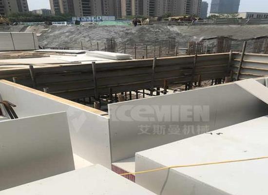 浙江嘉兴塑料中空模板设备价格多少钱、张家港塑料建筑模板生产设