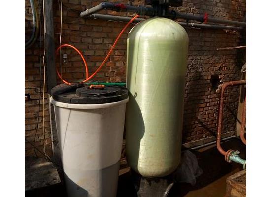锅炉中央空调软水器循环水冷却塔暖通制冷除水垢全自动软化水设备
